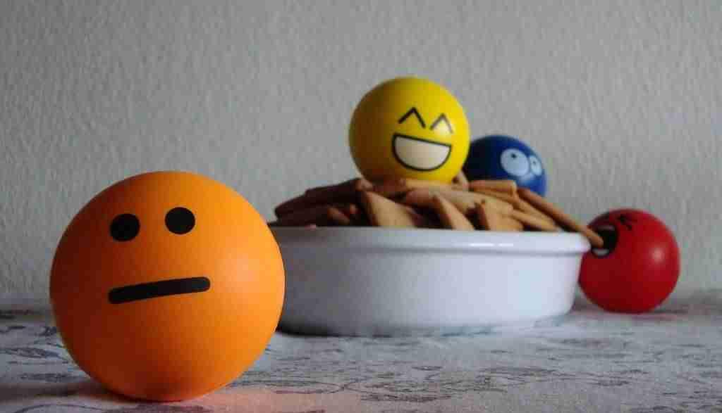 Cómo deshabilitar los emoticonos en WordPress - Emoticonos en el desayuno