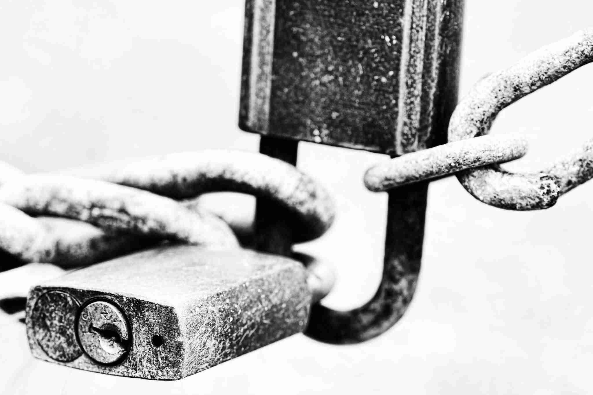 Cómo forzar a los usuarios a cambiar las contraseñas en WordPress - Candado