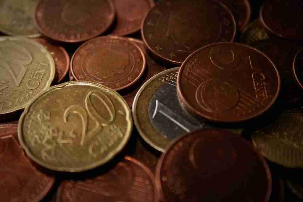 Cómo insertar un conversor de divisas en WordPress - Monedas
